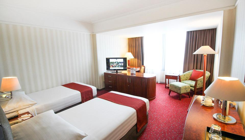 Redtop Hotel & Convention Center Jakarta - Superior Room (No Breakfast) 5 Nights Minimum Stay