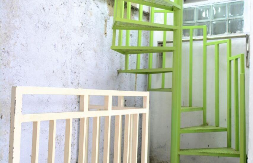 Sukun 9 Homestay Jakarta - Menuju tempat jemuran