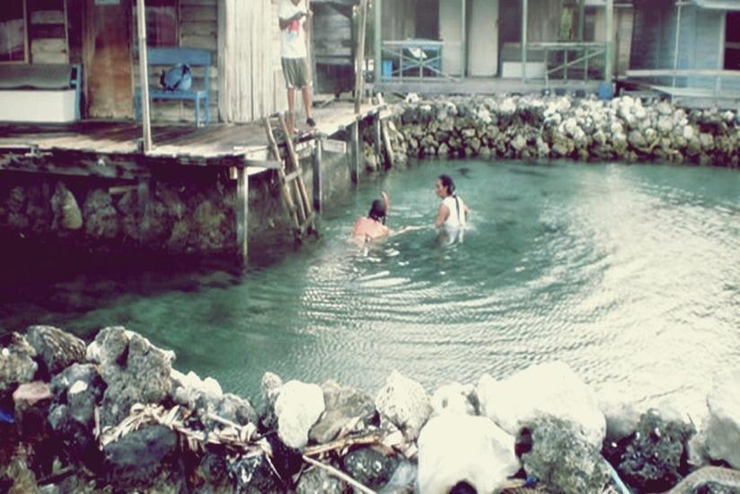 Arys Lagoon Karimunjawa Jawa Tengah - Wisma Apung