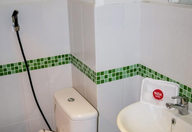 NIDA Rooms Lubis 3 Medan Baru - Kamar mandi
