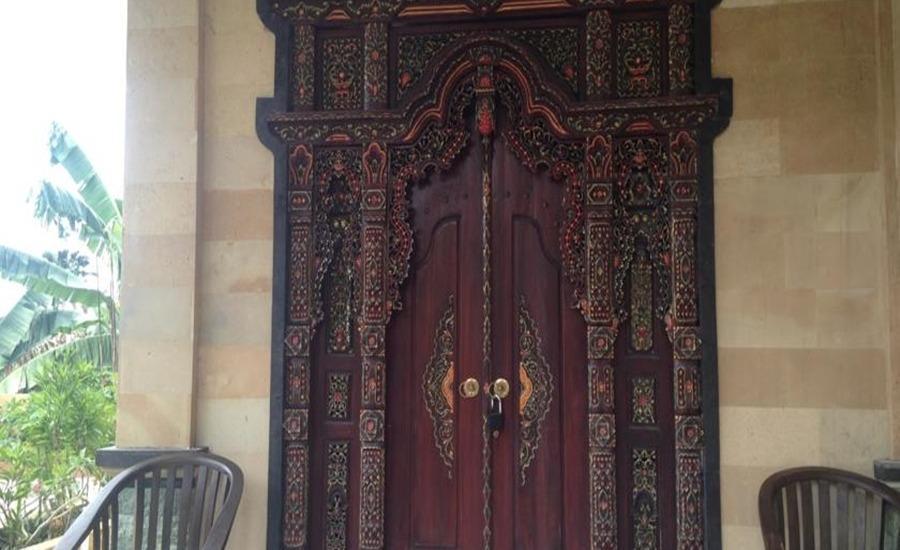 C'est Bon Homestay 2 Bali - Kamar Keluarga - eksterior