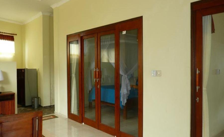 C'est Bon Homestay 2 Bali - Kamar Keluarga - Interior