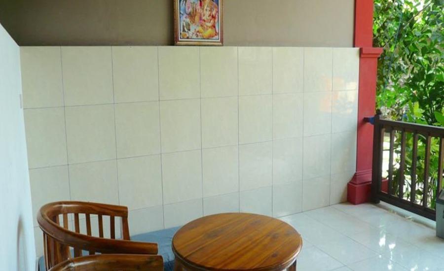 C'est Bon Homestay 2 Bali - Kamar Tidur Pemandangan Taman - dapur