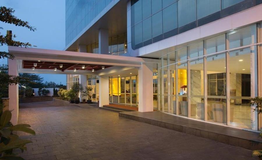 Hariston Hotel Jakarta - Eksterior