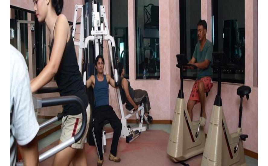 Travellers Hotel Jakarta - Fitness Center