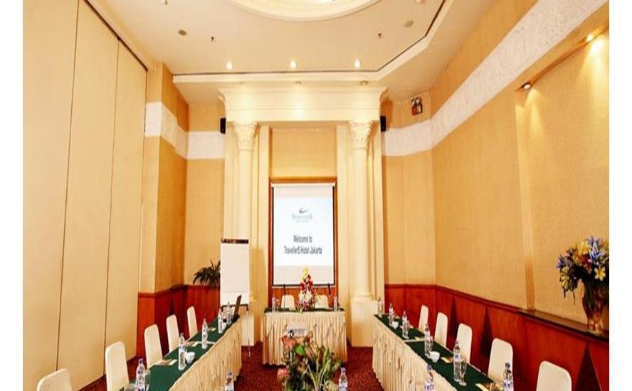 Travellers Hotel Jakarta - Meeting Room