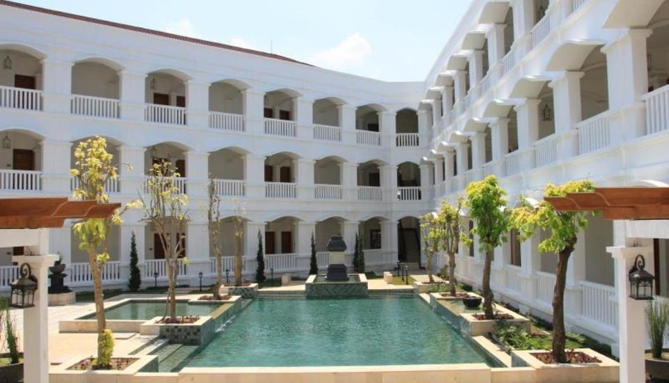 Hotel Ammi Cepu Blora - Kolam Renang