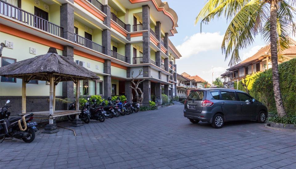 RedDoorz @Padma Utara 3 Bali - Eksterior