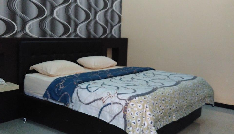 Hotel Kencana Purwodadi Grobogan - Deluxe Room