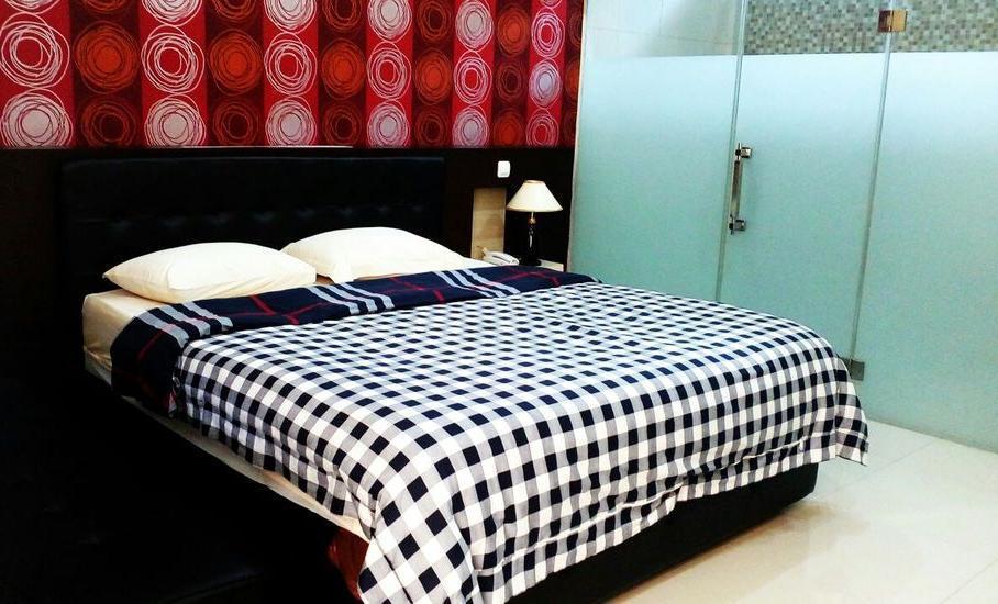 Hotel Kencana Purwodadi Grobogan - Superior Double Room Regular Plan