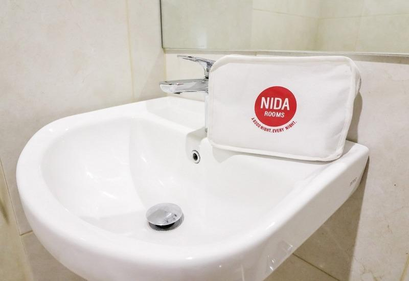 NIDA Rooms Racing Center Makassar - Kamar mandi