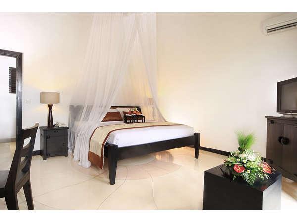 Villa Seminyak Estate & Spa Bali -