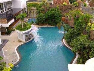 Jambuluwuk Malioboro Hotel Yogyakarta - Grand Tropical Room