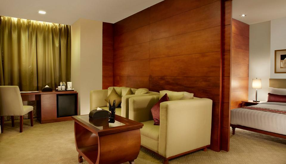 Jambuluwuk Malioboro Hotel Yogyakarta - Gajahmada Suite Room Big Deal 15%