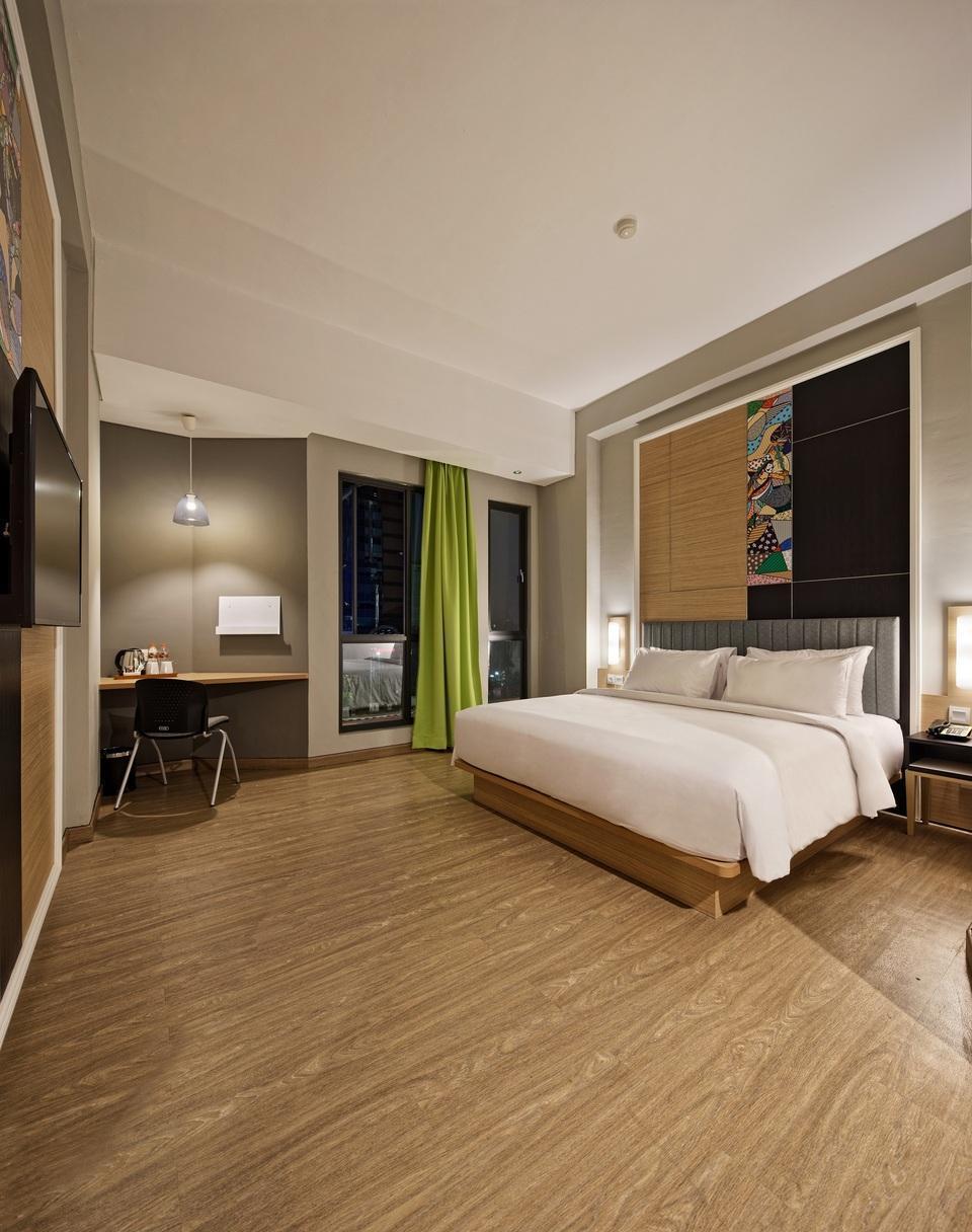 MaxOneHotels at Platinum Hayam Wuruk - Jakarta Jakarta - Happiness DoubleBed Room Only Regular Plan