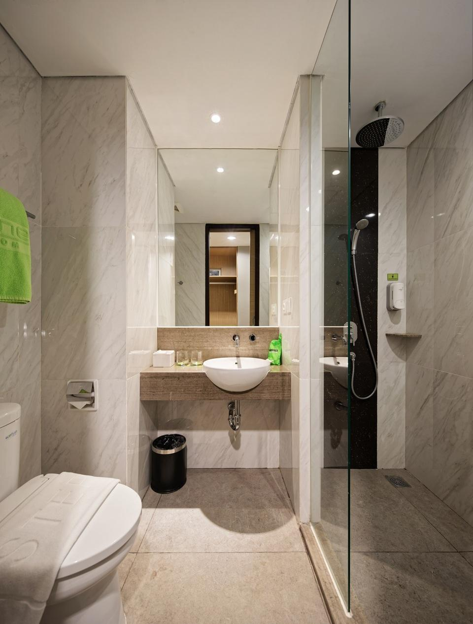 MaxOneHotels at Platinum Hayam Wuruk - Jakarta Jakarta - Bathroom