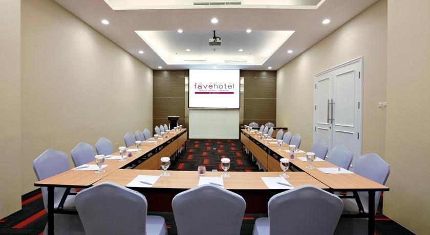 favehotel Zainul Arifin Gajah Mada Jakarta - s