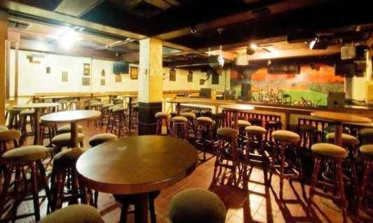 Hotel Danau Toba Medan - The Tavern