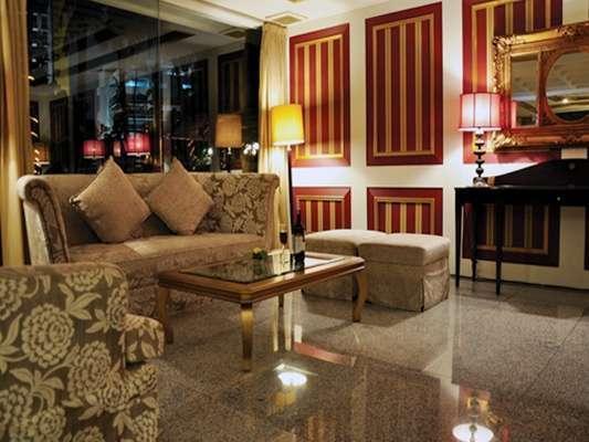 Hotel Danau Toba Medan - Toba Lounge