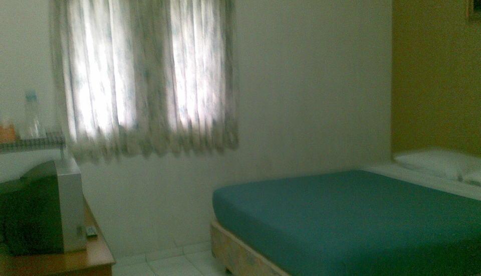 Homestay Retanata Bandung - Deluxe Tempat Tidur King
