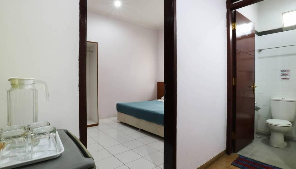 Homestay Retanata Bandung - Family Suite Room Basic Deal 40%