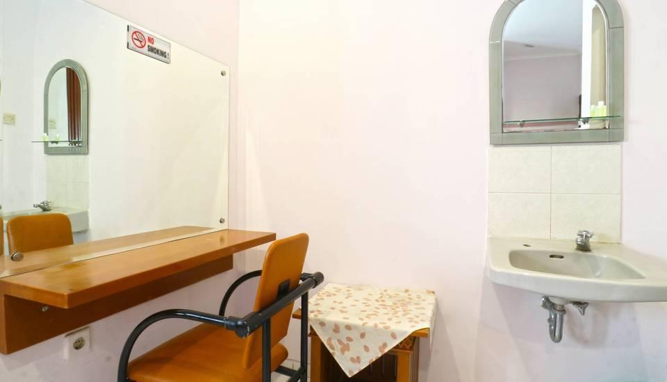 Homestay Retanata Bandung - Bedroom