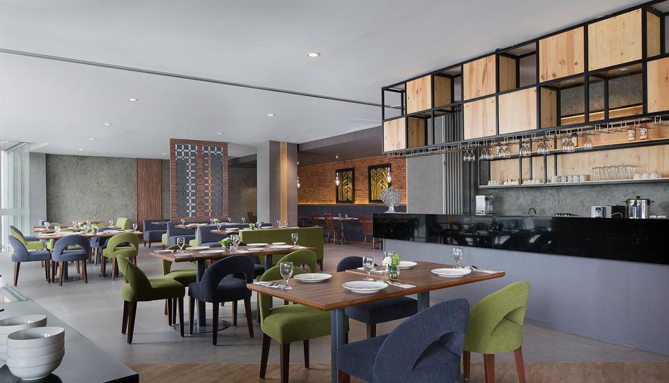 Ayaka Suites Jakarta - Restoran