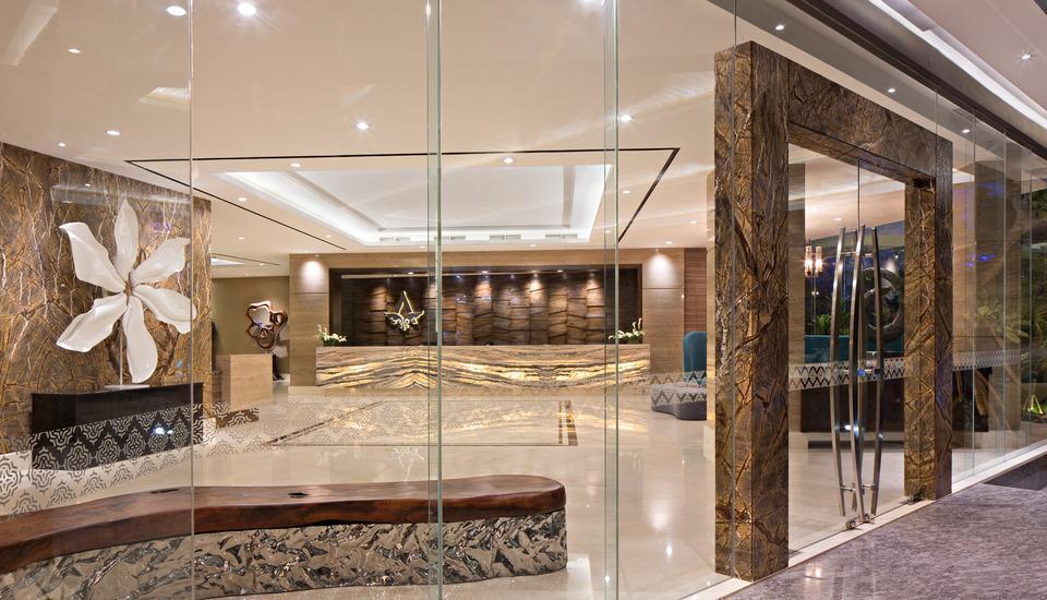 Ayaka Suites Jakarta - Lobby - pintu masuk