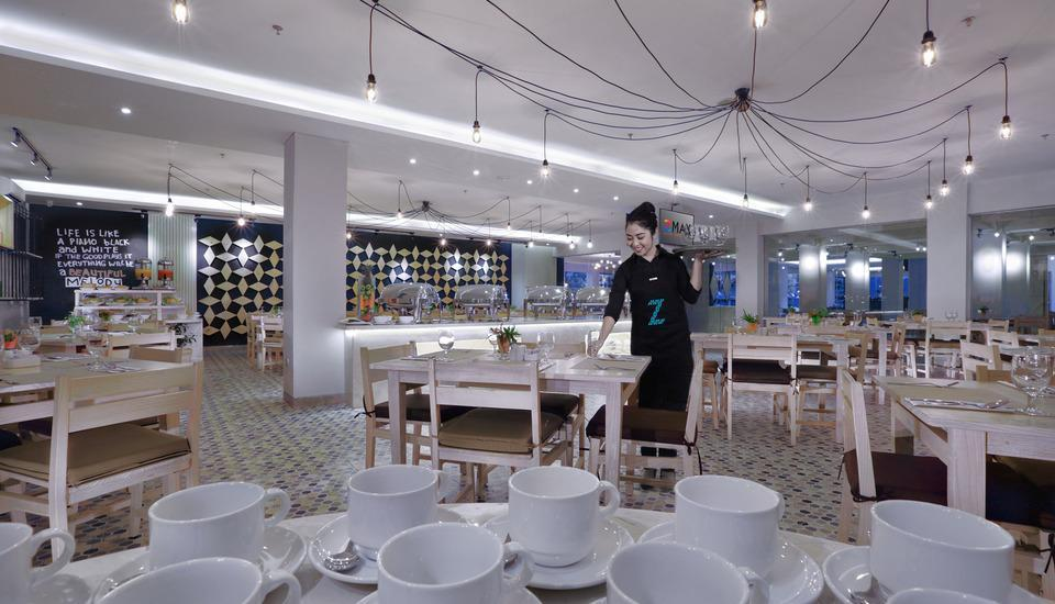 D'MAX Hotel & Convention Lombok - Zolo restaurant