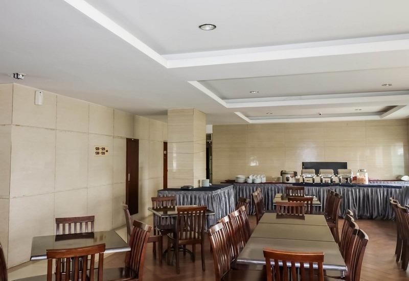 NIDA Rooms Lapangan Medan Petisah Medan - Restoran