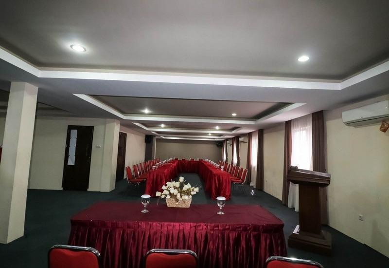 NIDA Rooms Lapangan Medan Petisah Medan - Ruang Rapat