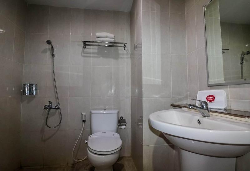 NIDA Rooms Lapangan Medan Petisah Medan - Kamar mandi