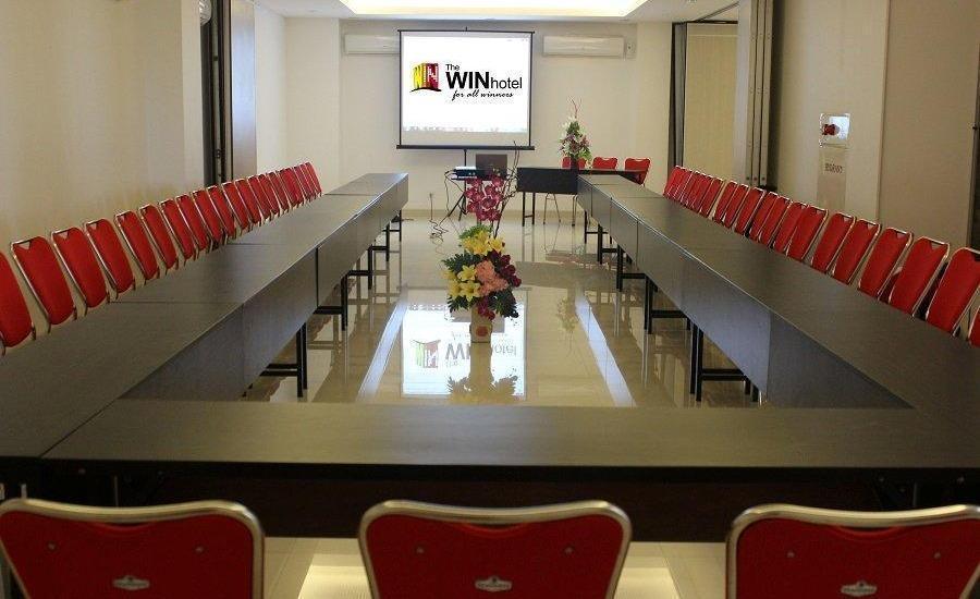 The Win Hotel Surabaya - Ruang Rapat