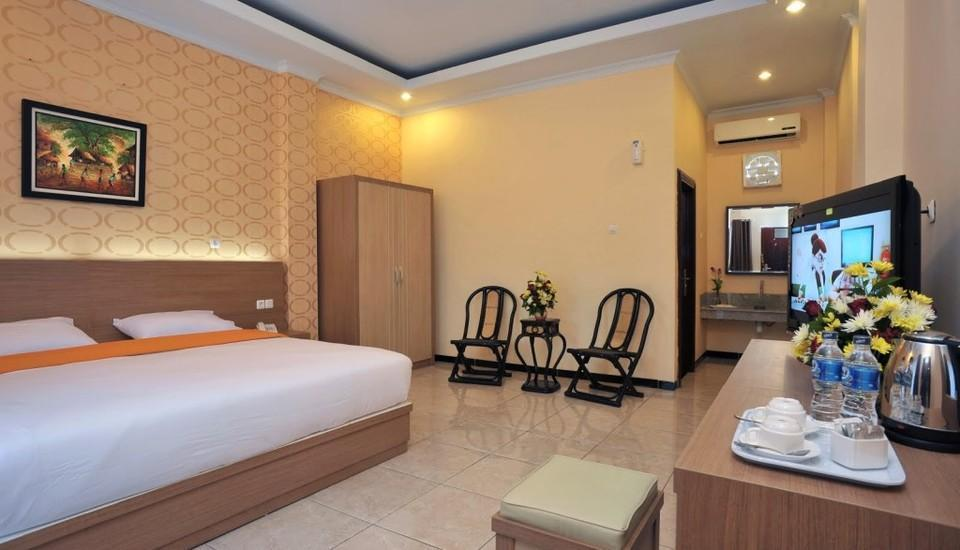 Hotel New Merdeka Pati - Suite Room Regular Plan