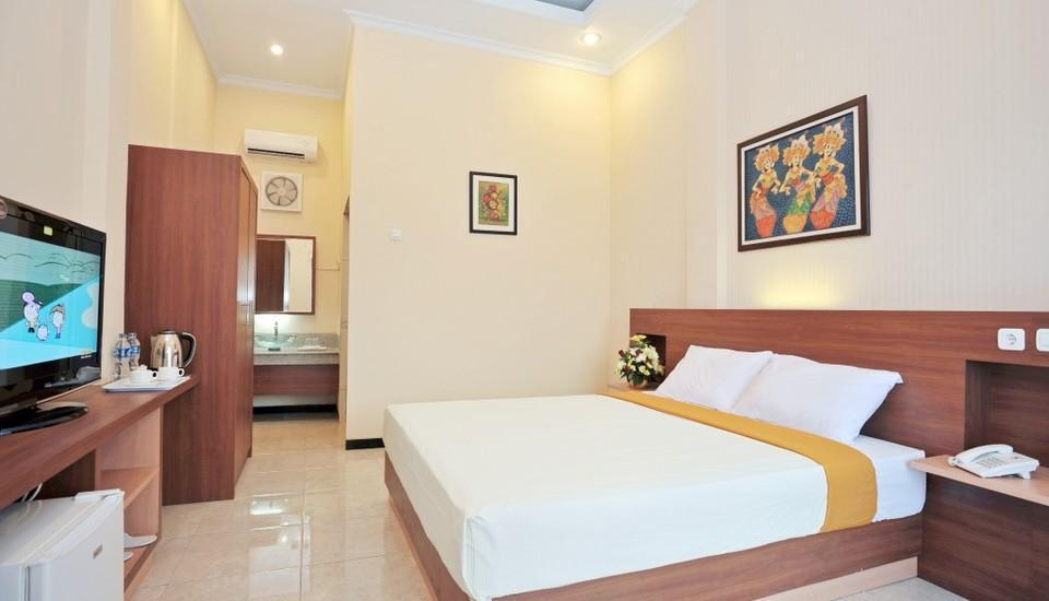 Hotel New Merdeka Pati - Deluxe Room Regular Plan