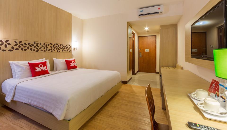 ZenRooms Kuta Tuban Suites - Tempat Tidur Double