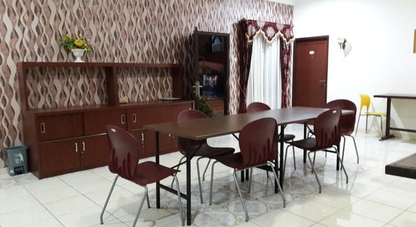 Hotel Graha Bukit Syariah Palembang - Restaurant