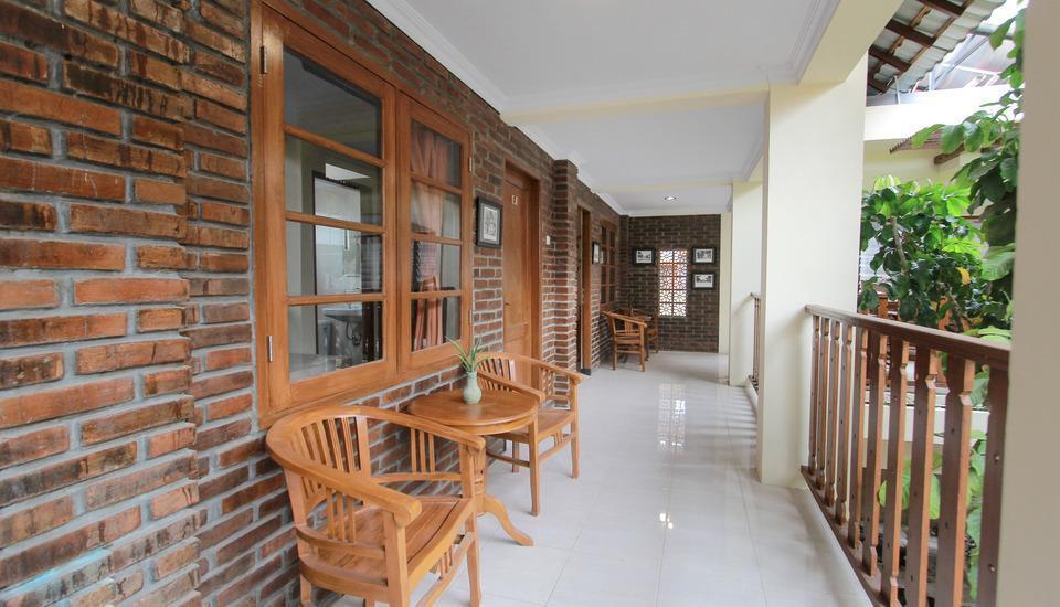De Hostel Yogyakarta Yogyakarta - Teras Kamar