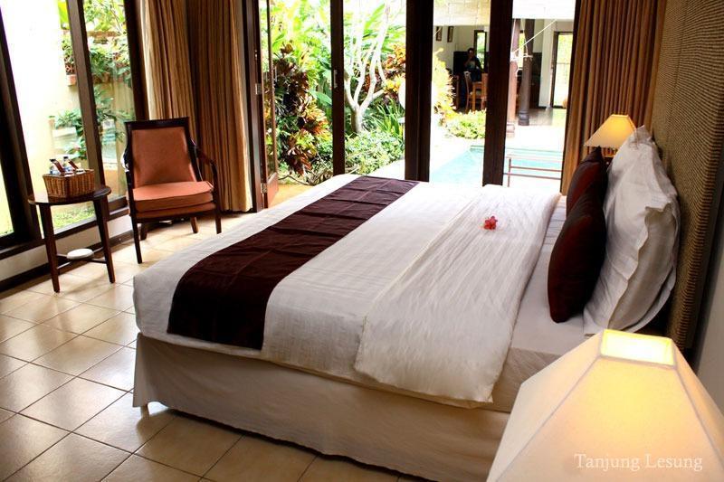 Kalicaa Villa   - Bora Master Bedroom