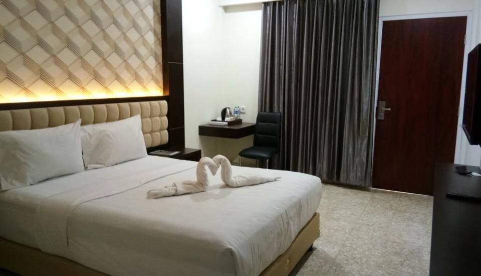 Sindoro Hotel by Conary Cilacap - Standard Double Room Regular Plan