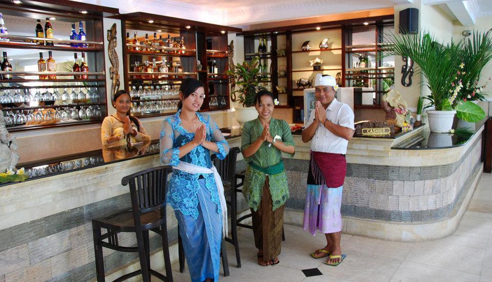 Melka Excelsior Hotel Bali - Restaurant & Bar