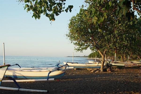 Melka Excelsior Hotel Bali - Lovina Beach