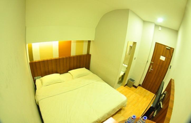 J Hotel Medan - Eazy Room