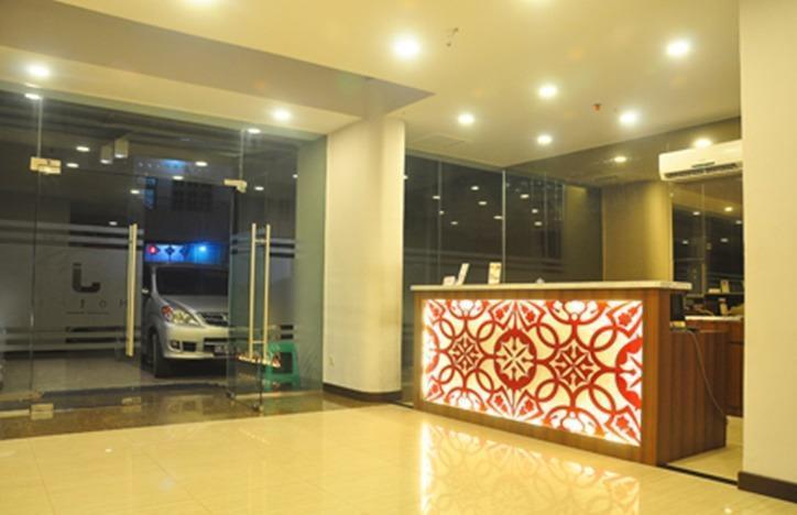 J Hotel Medan - Lobi