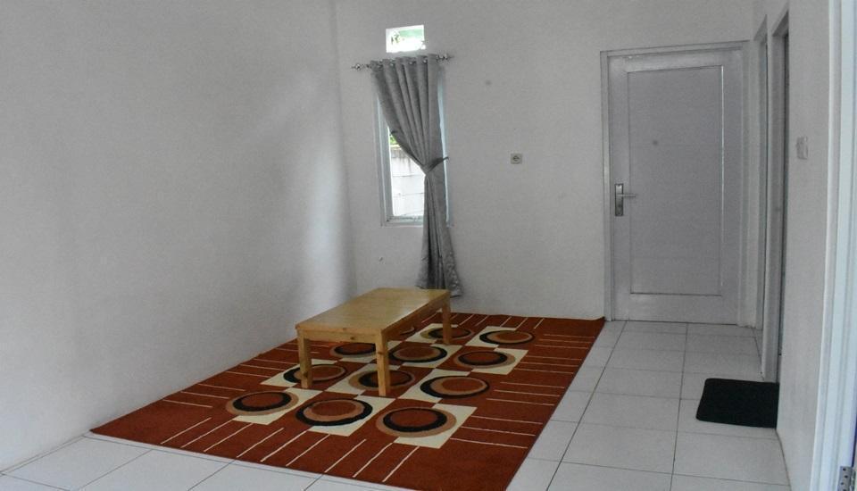 Algira 6 Dramaga (Guest House) Bogor - Interior
