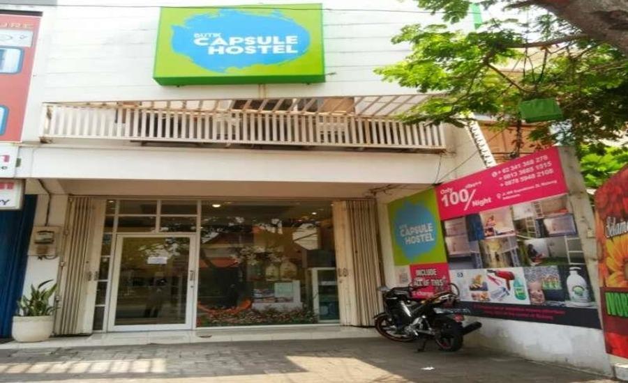 Butik Capsule Hostel Malang - Eksterior