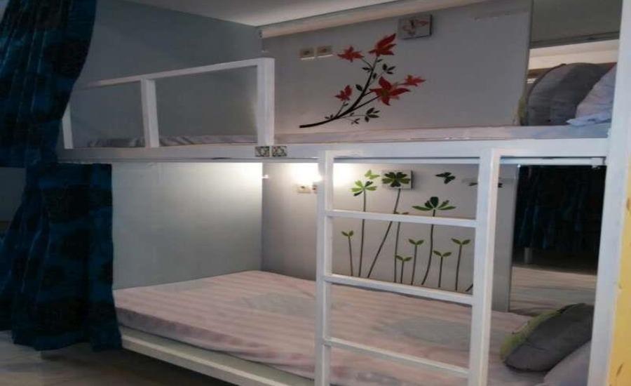 Butik Capsule Hostel Malang - Kamar tamu