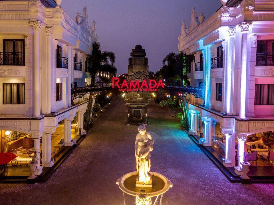 Ramada Suites By Wyndham Solo Solo - Tampak depan Ramada