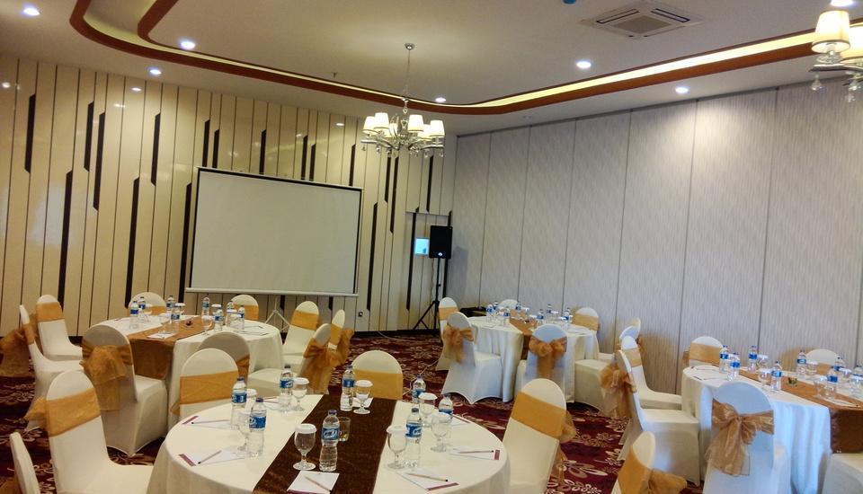 Agria Gino Feruci Hotel Bogor - Meeting Room