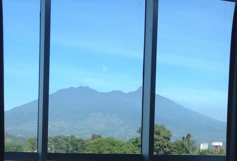 Agria Gino Feruci Hotel Bogor - Mountain View